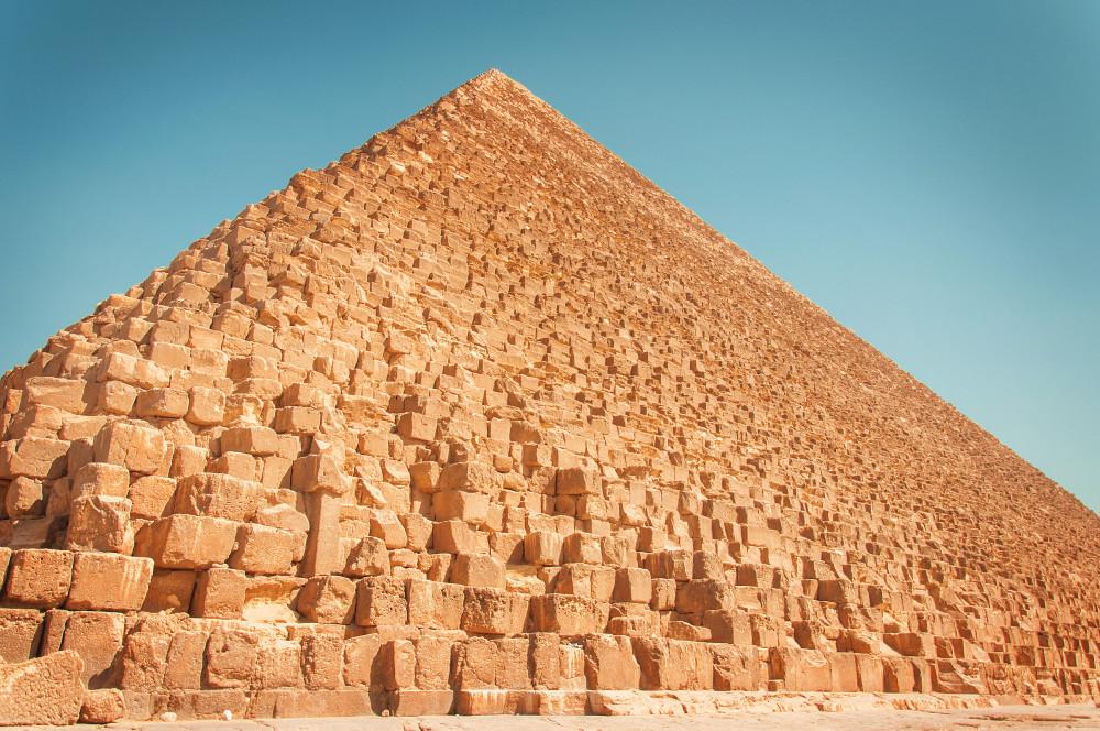 раз что находится в египетской пирамиде картинки вернулся россию