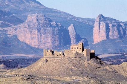 castillo_de_montearagon_2