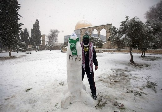 jerusalem-into-a-winter-42961604