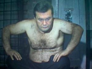 Янукович сегодня сообщит следователю адрес своего реального места жительства в Ростове-на-Дону, - адвокат - Цензор.НЕТ 6022