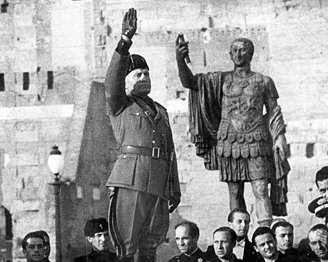 mussolini molded italy to suite his ideal fascist state of government