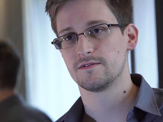 Сноуден целенаправленно искал работу, дающую доступ к компромату на спецслужбы