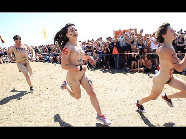 Фестиваль в Роскилле: голые забеги за лишним билетиком. 18+ 602051_20130707121923