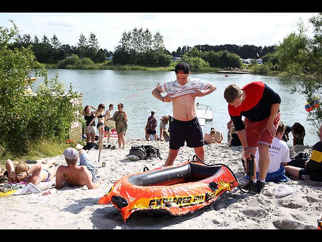 Фестиваль в Роскилле: голые забеги за лишним билетиком. 18+ 602059_20130707121923