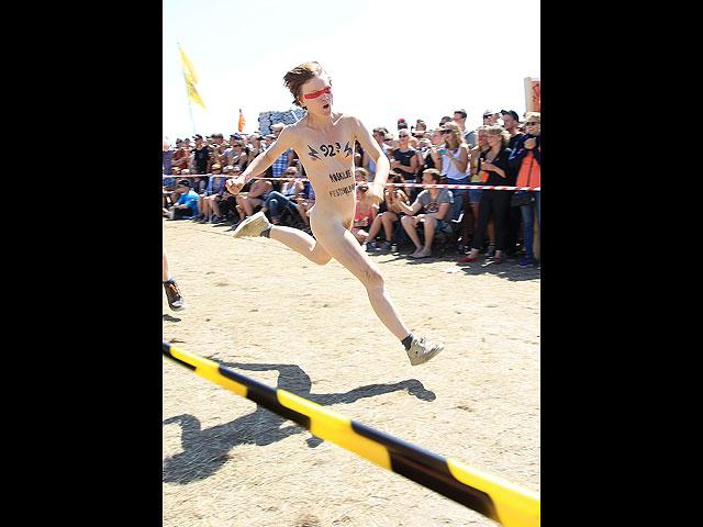 Фестиваль в Роскилле: голые забеги за лишним билетиком. 18+ 602060_20130707121923