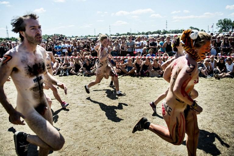 Фестиваль в Роскилле: голые забеги за лишним билетиком. 18+ 070713_131807_65017_11