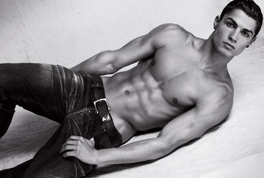 002-men-cristiano-ronaldo-armani-jeans-www.huy.com.ua