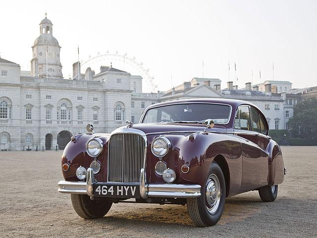 Jaguar MARK VIIM Saloon (1955 года)