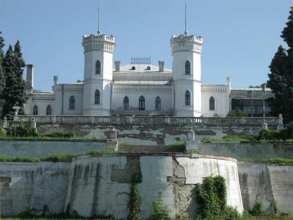 Замок мал