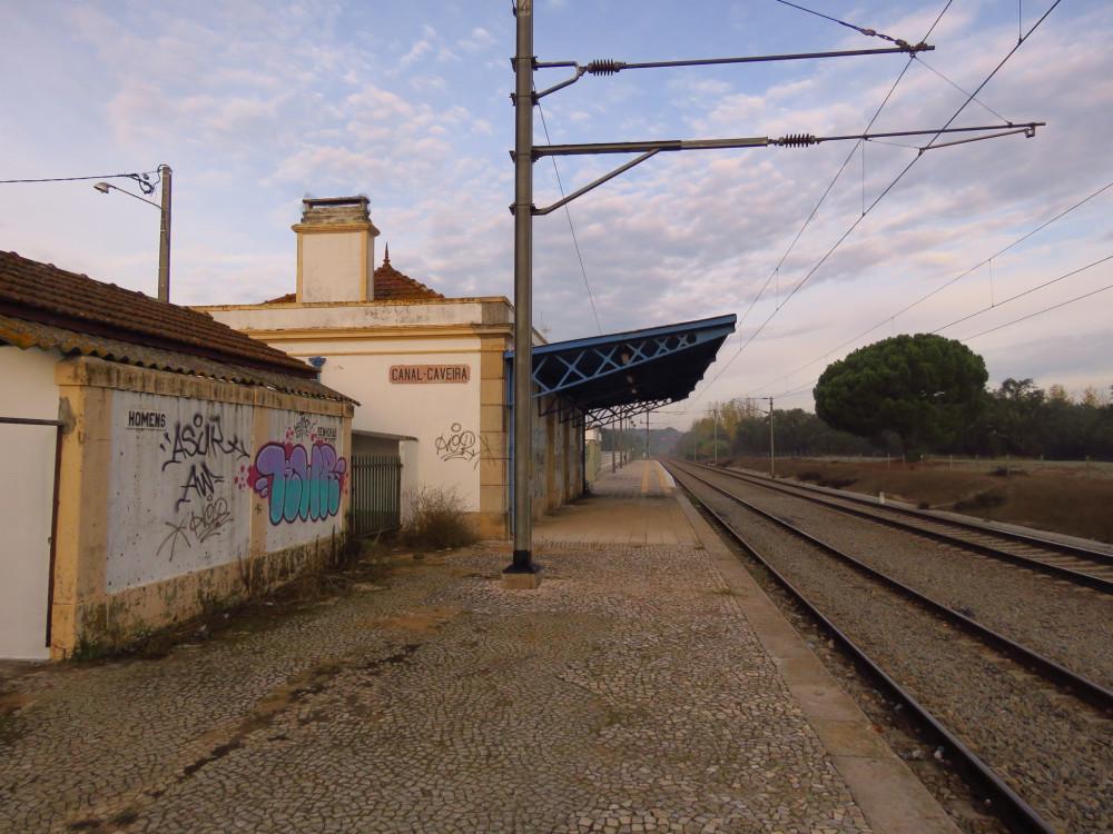 Скромное обаяние португальских железных дорог. Рельсы и станции