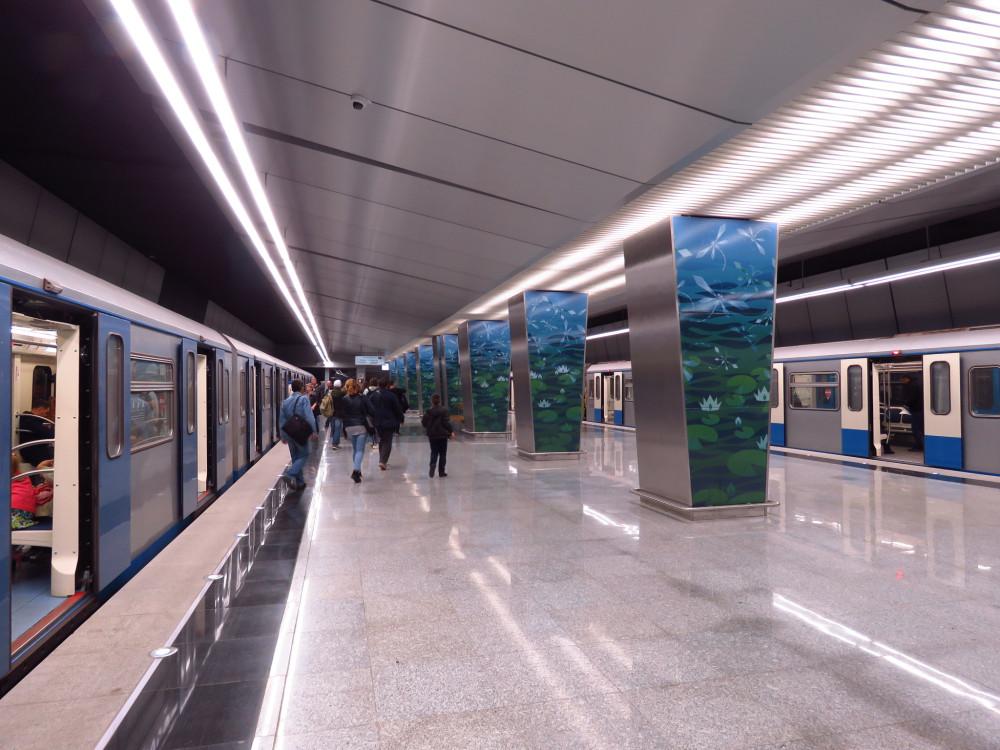 Нужно ли строить столько метро в Москве?