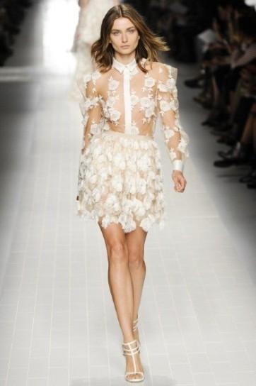camicia-con-fiori-bianchi