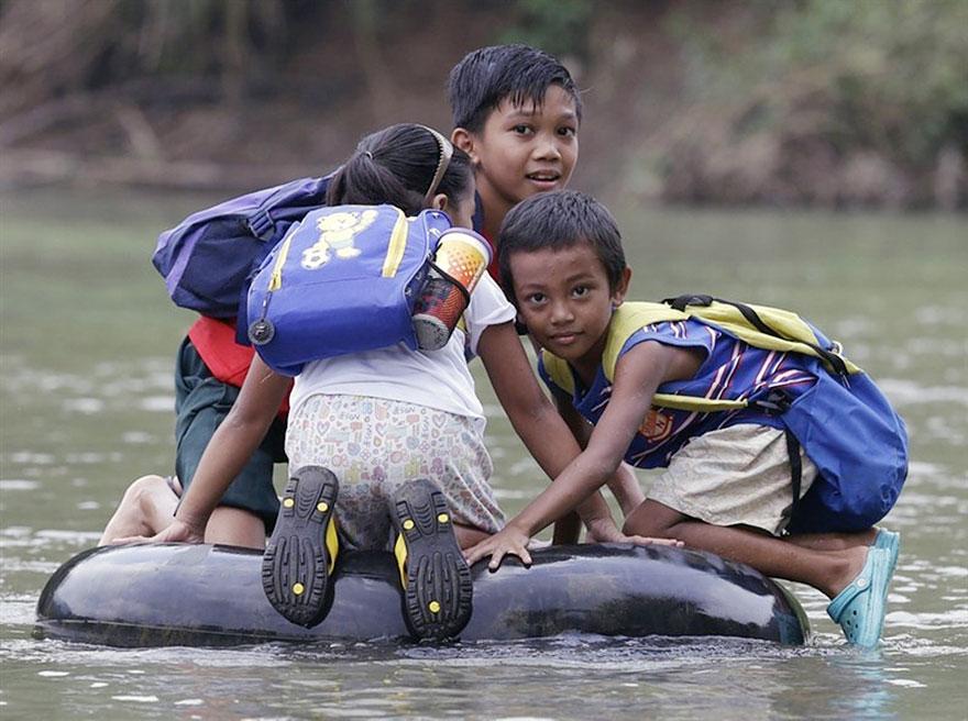 children-going-to-school-around-the-world-42.jpg