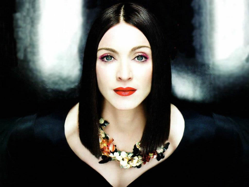 Madonna-with-Black-Hair-Color-in-Fozen-Music-Video-4fbb62d606b9d