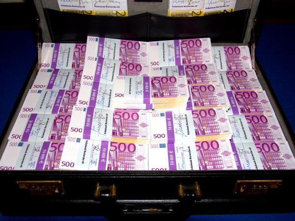 geldkoffer1