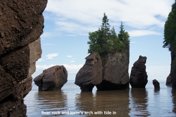 bear rock and lovers arch tide in