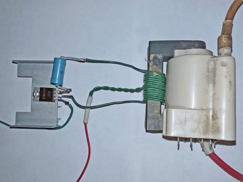 намотана обмотка на ТДКС и припаяна к транзистору