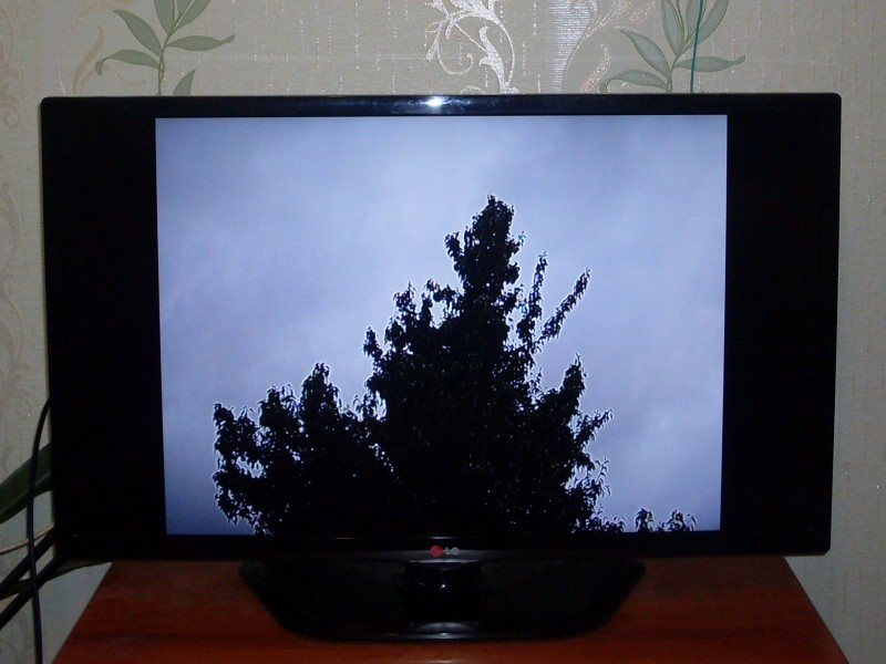 изображение на телевизоре