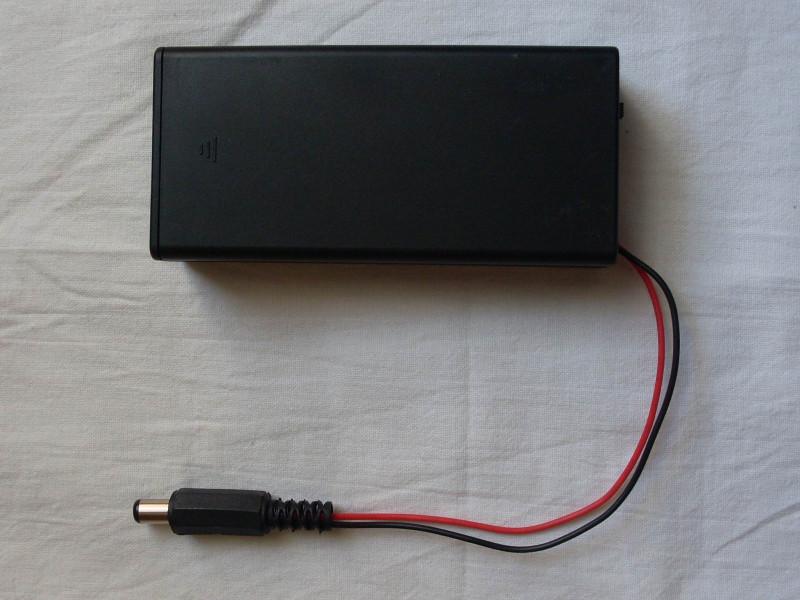 закрытый держатель аккумуляторов 18650