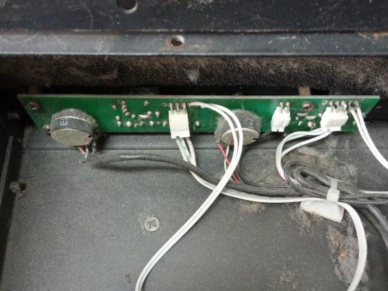 плата регуляторов и светодиодов