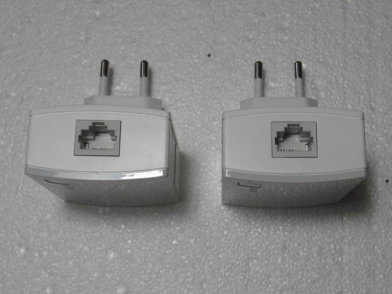 гнезда для подключения кабелей