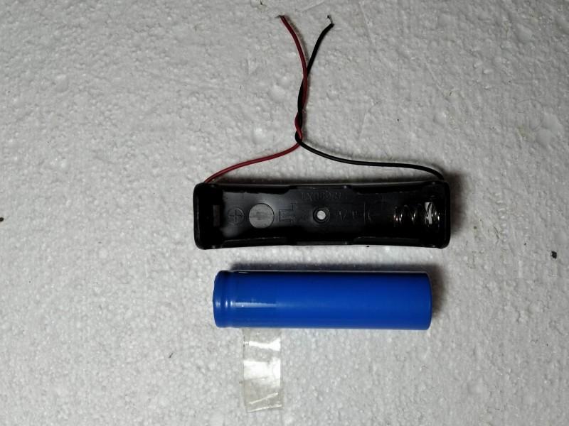 аккумлятор 18650 с креплением