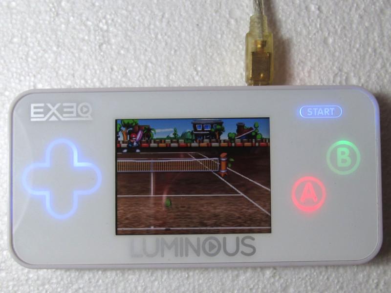 запущена игра EXEQ Luminous