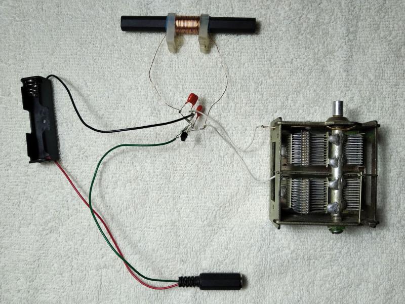 тестовая установка с выходом на наушники