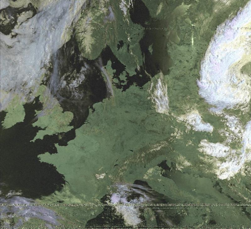 раскрашенный снимок с NOAA-15