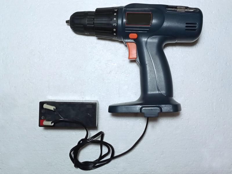шуруповерт со свинцово-кислотным аккумулятором