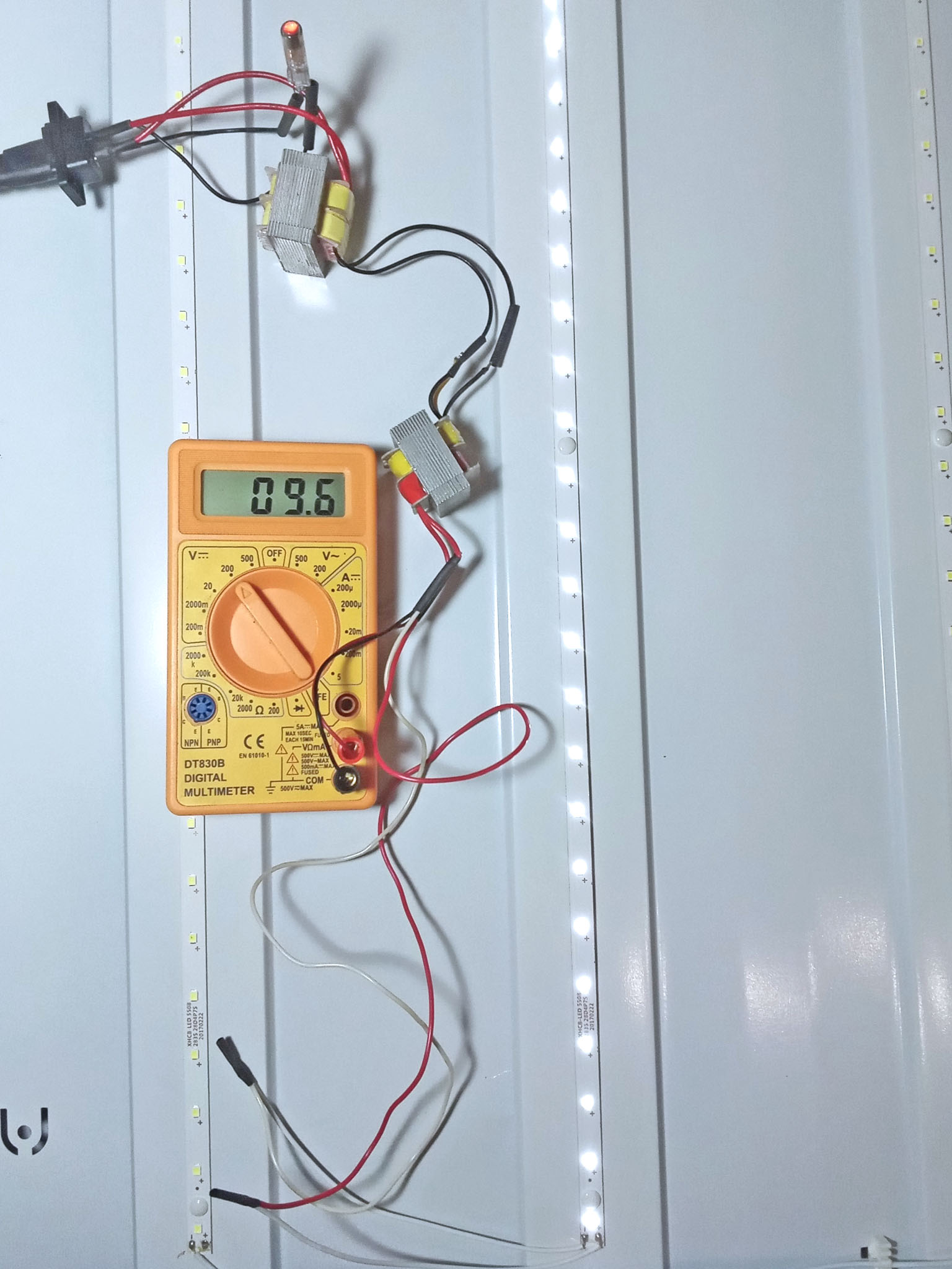 проверка светодиодной линейки растрового светильника