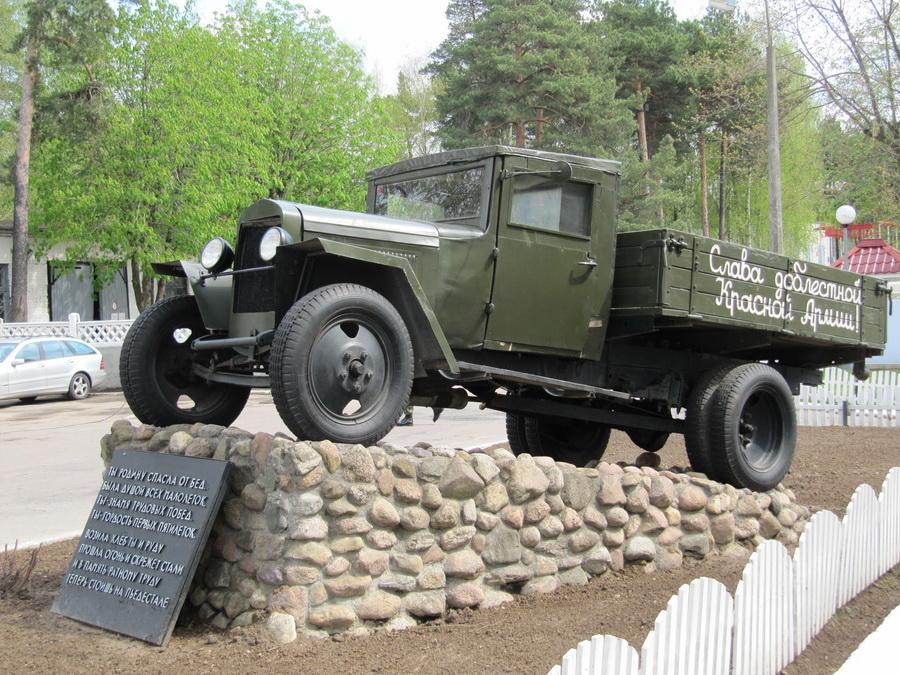 Автомобиль ЗиС-5 (Минск, ул Кулешова) (5)_resize