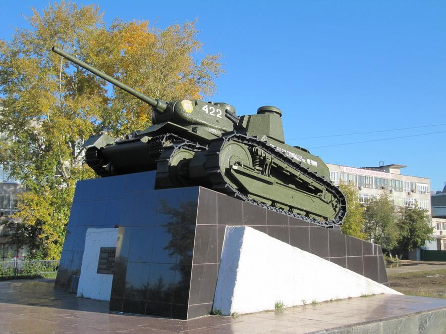 Танк Т-34 и Рено Русский (г. Нижний Новгород, Сормово) -2_resize