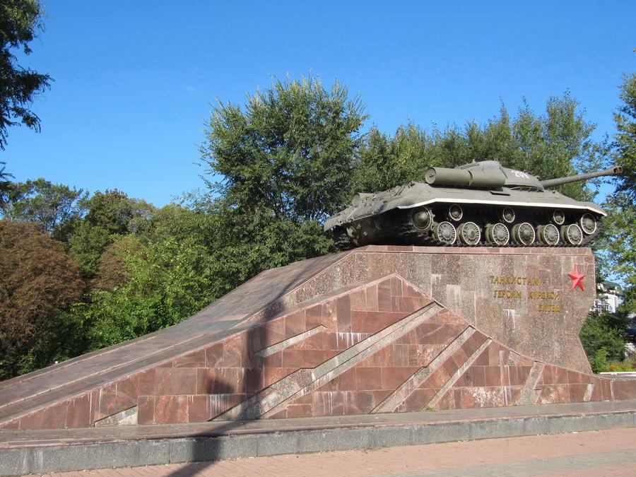 Курск, ИС-3, Тыл