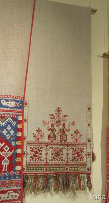 Свадебный рушник – смешанная техника каргопольского шитья 2007 год.