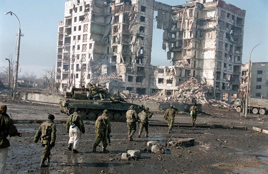 Russian-Troops-Grozny_1