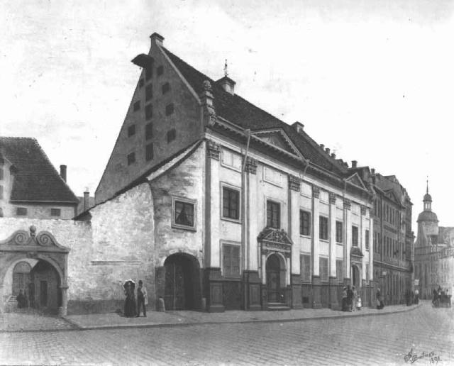 1891-dom-dannensterna