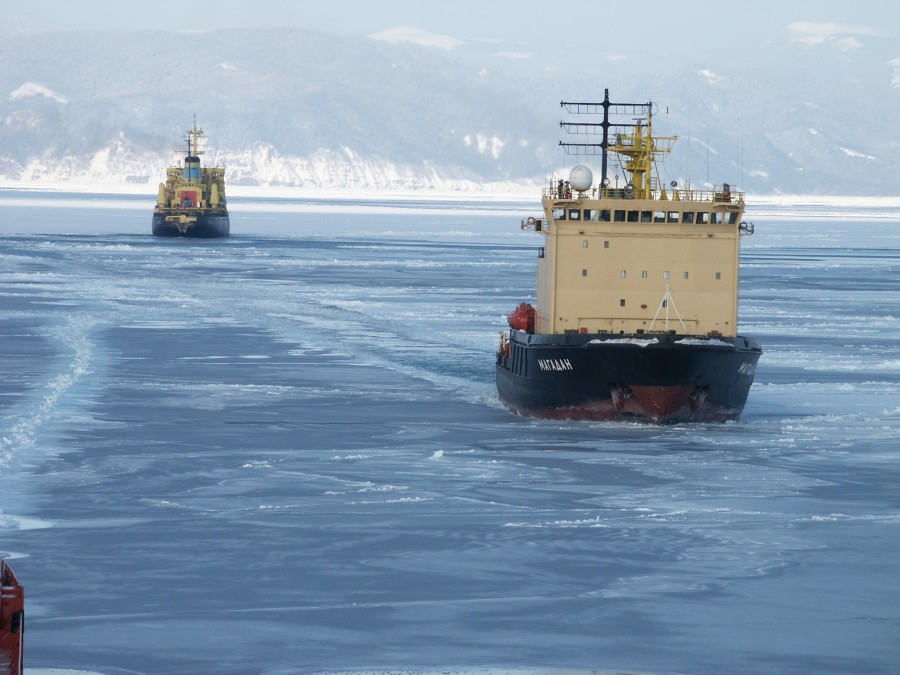 Primorye, ice trails 489
