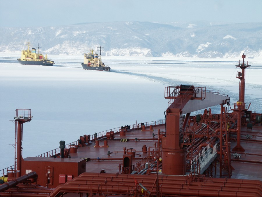 Primorye, ice trails 502
