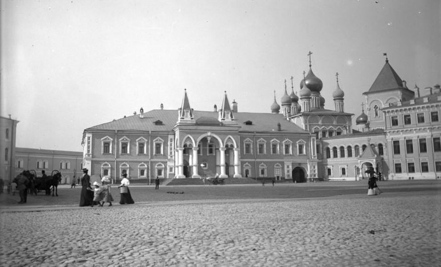 Кремль, Чудов монастырь
