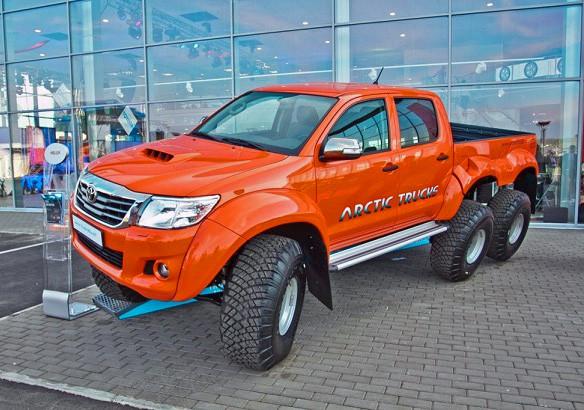 Toyota Hilux  6Х6