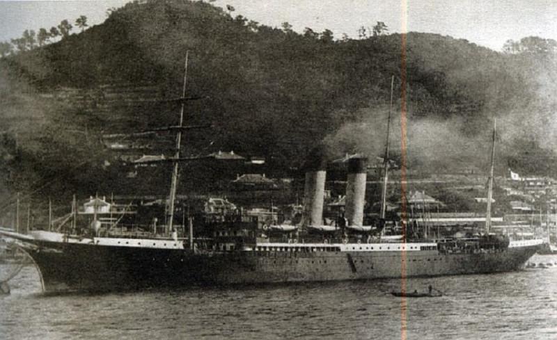 Корабль Доброфлота, приспособленный для перевозки переселенцев