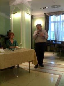 Спасибо Меньшикову-проректору по науке УдГУ за содействие в выпуске учебника удм.языка.