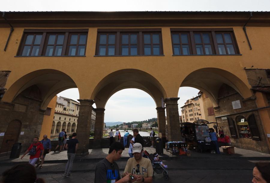 Galereya-Uffitsi-i-koridor_01