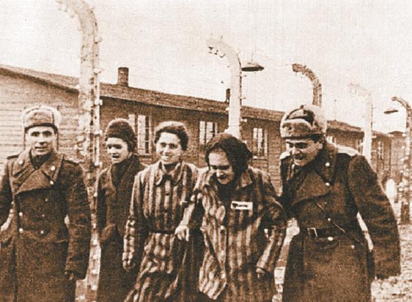 holocaust_controversy