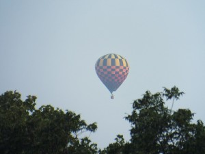 balloon over towne lake park august 3, 2014