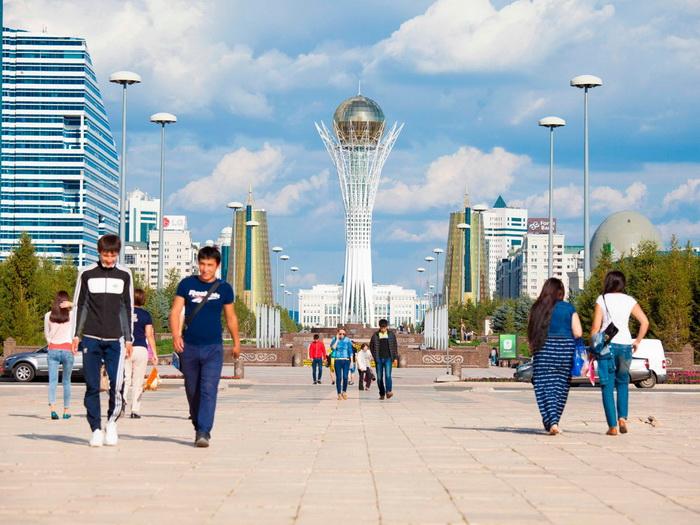 В государстве Казахстан теперь есть город Нурсултан.