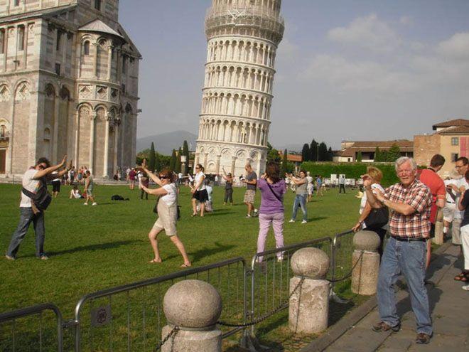 Tower-of-Pisa-02