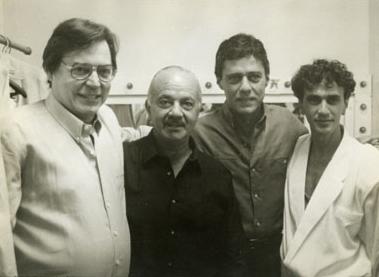 Antonio Carlos Jobim entre os amigos Astor Piazzolla, Chico Buarque e Caetano Veloso