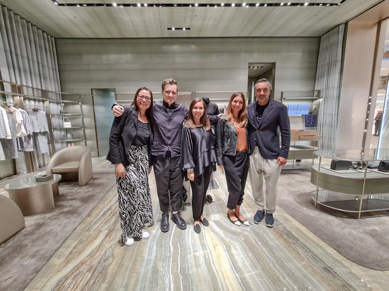 Слева направо: Анна, Кит, Миколь, я, Федерико (итальянцы)